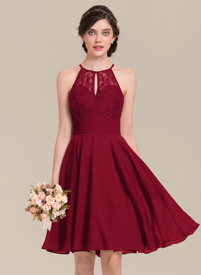 A-Line Scoop Neck Knee-Length Chiffon Lace Bridesmaid Dress With Ruffle Bow(s)