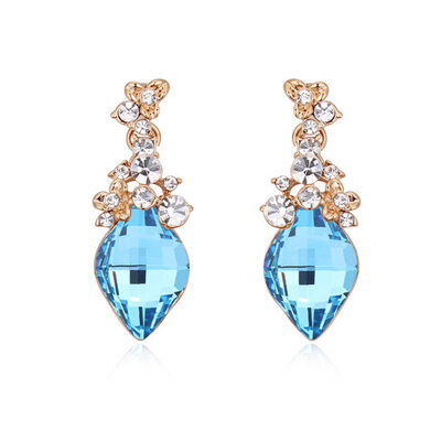 Ladies' Vintage Flower Designed Alloy/Champaign Gold Plated With Cubic Austrian Crystal Earrings For Bridesmaid/For Friends