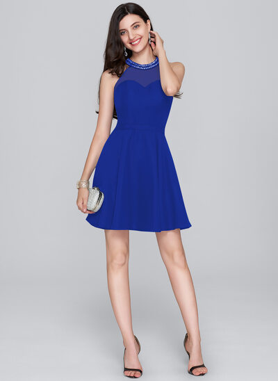 A-Line/Princess Scoop Neck Short/Mini Chiffon Homecoming Dress With Beading Sequins