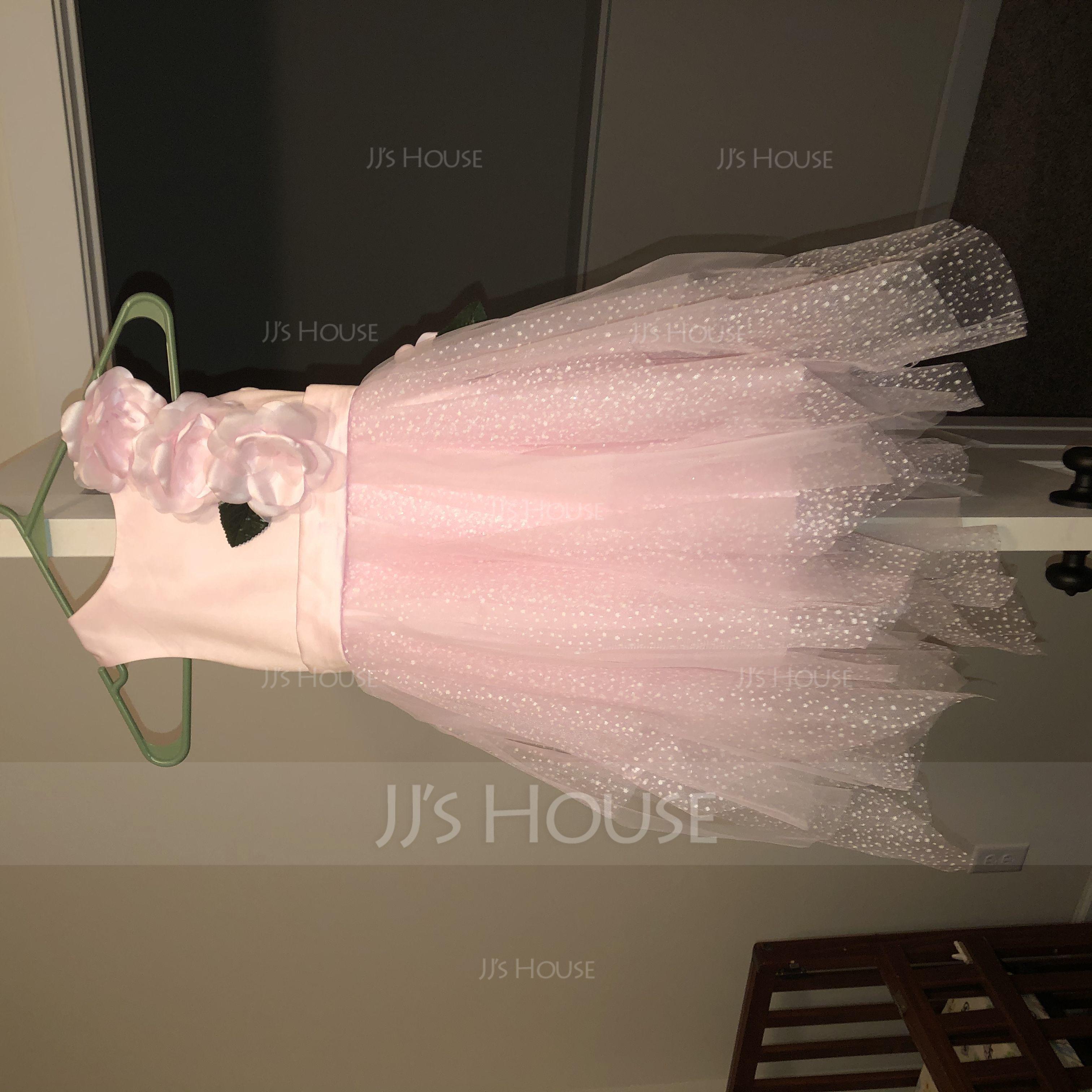 A-Line/Princess Knee-length Flower Girl Dress - Satin/Tulle Sleeveless Scoop Neck With Flower(s) (010117701)
