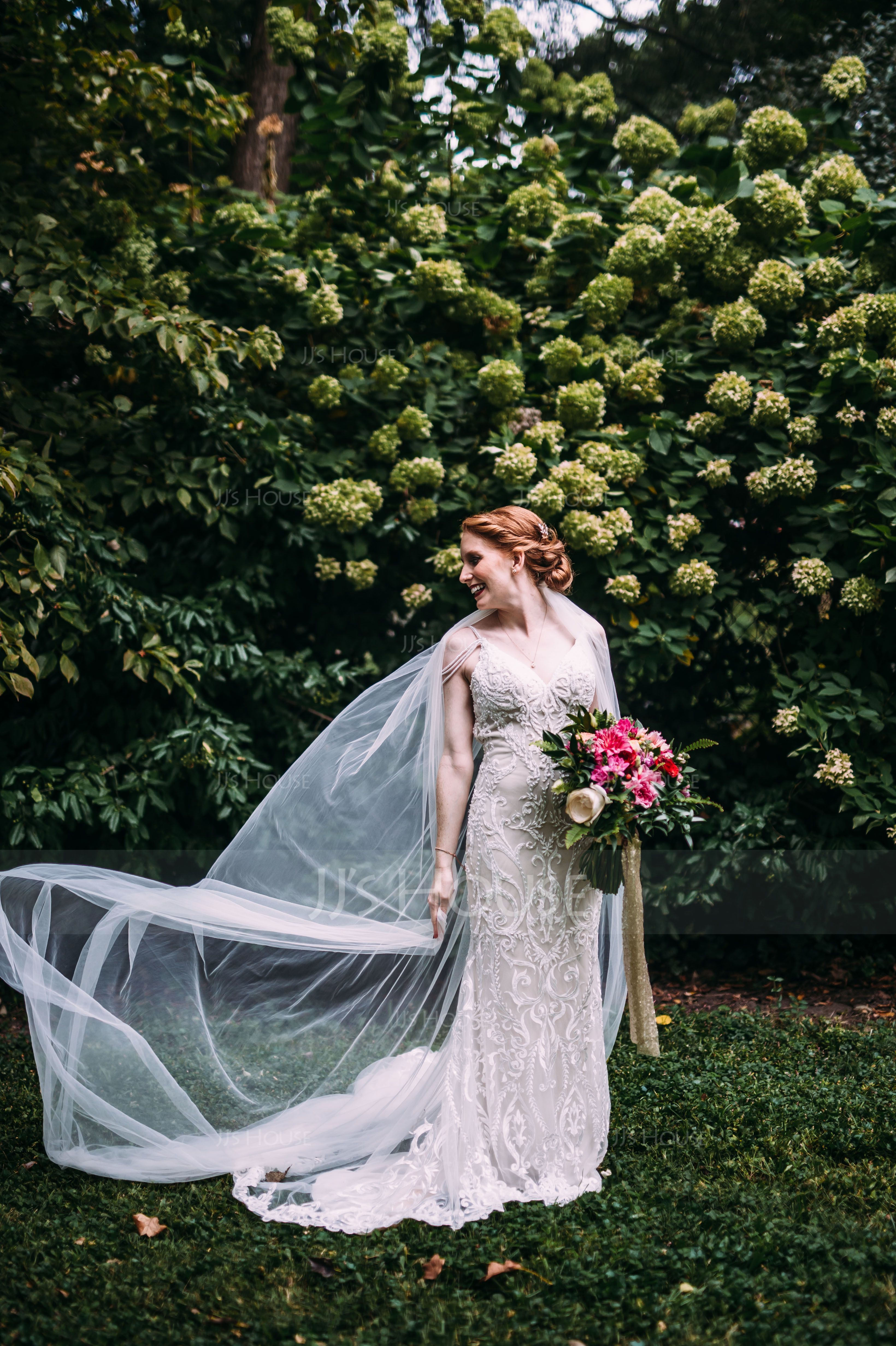 One-tier Cut Edge Cathedral Bridal Veils (006114027)